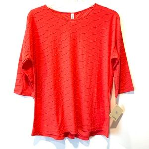 Coral Textured Top with 3/4 Length Sleeves
